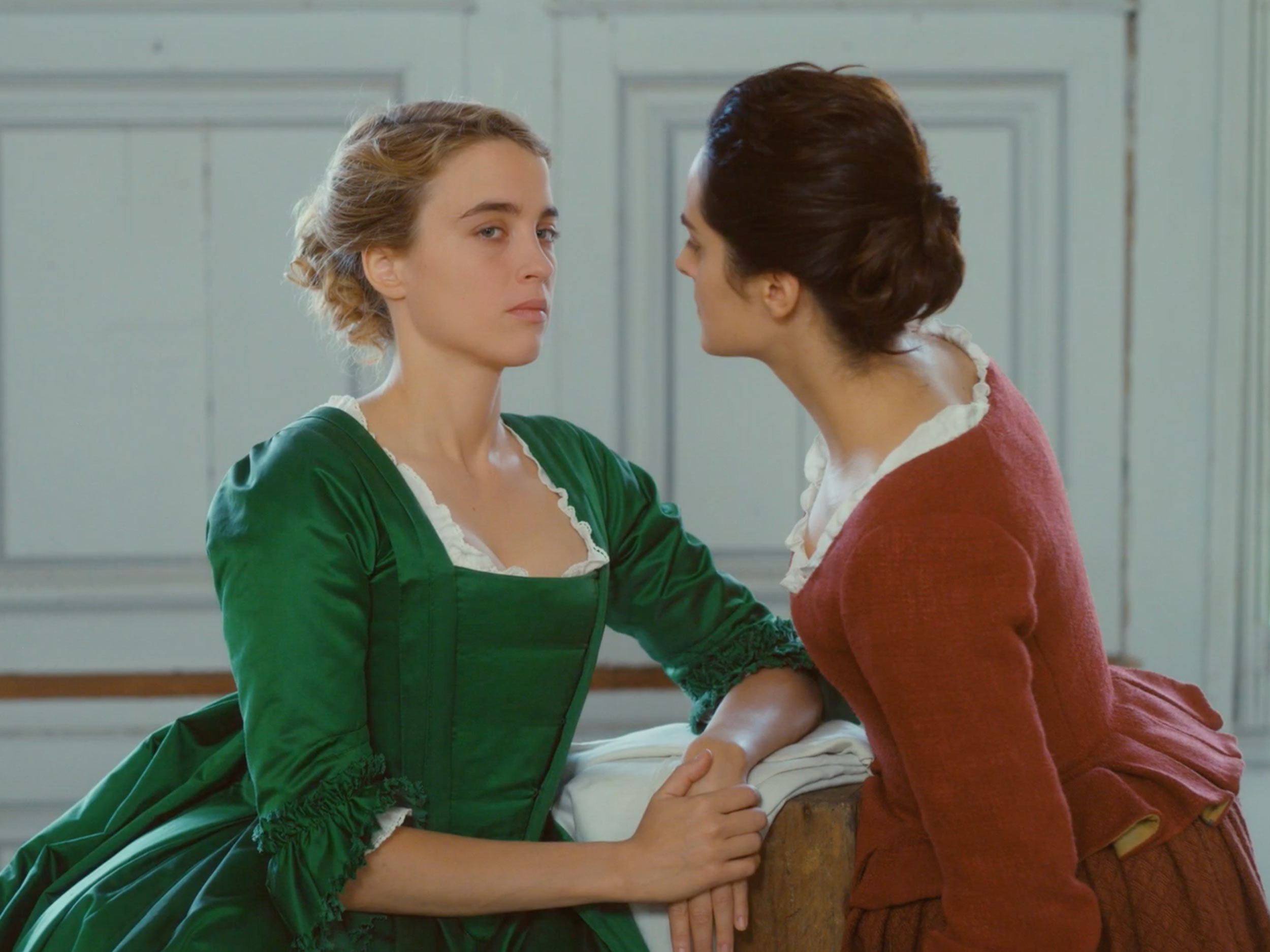 'Portrait of a Lady on Fire' and the value of not-so-happy queer endings