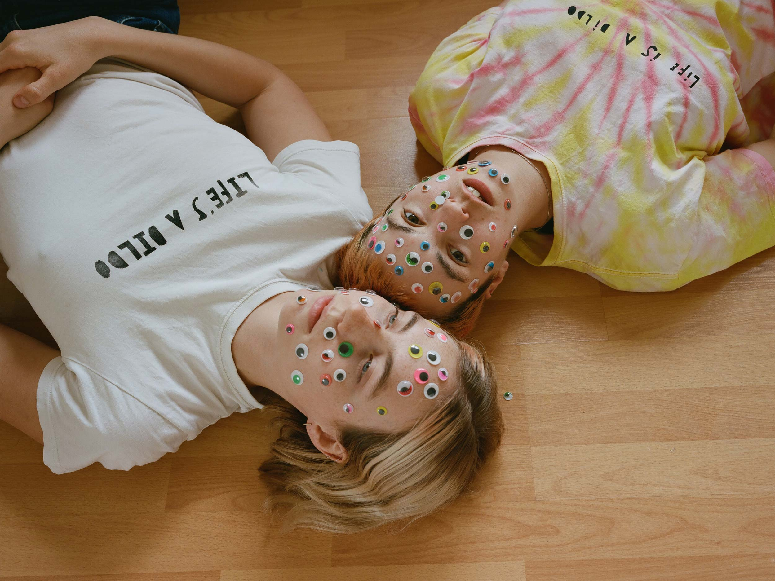 Heather Glazzard and Nora Nord's quarantine photos are a delightful critique of normie culture