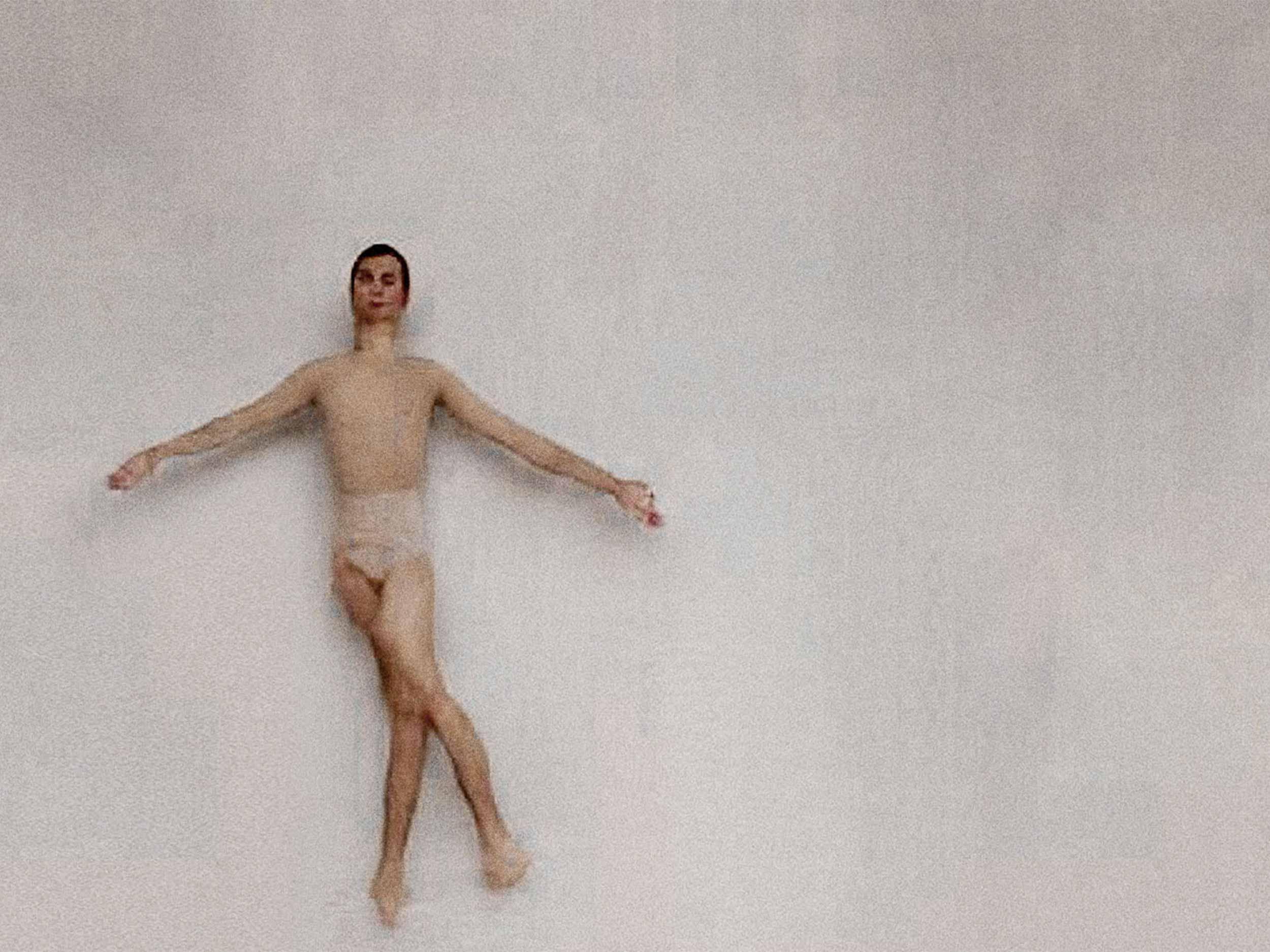 Watch a computer algorithm teach an amateur dancer ballet