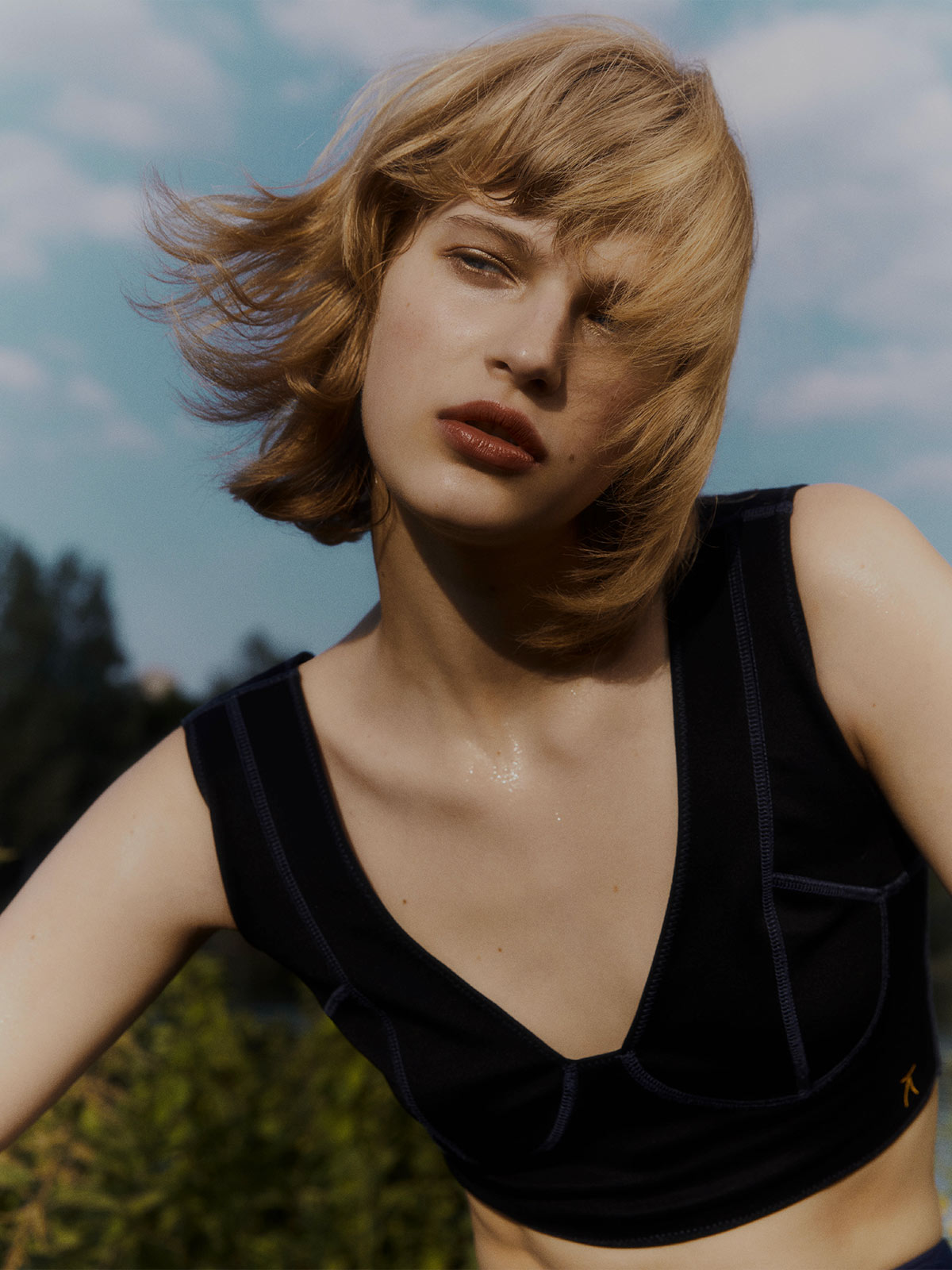 Photographer Antoine Harinthe and stylist Katerina Zolototrubova explore the transformative beauty of sunlight