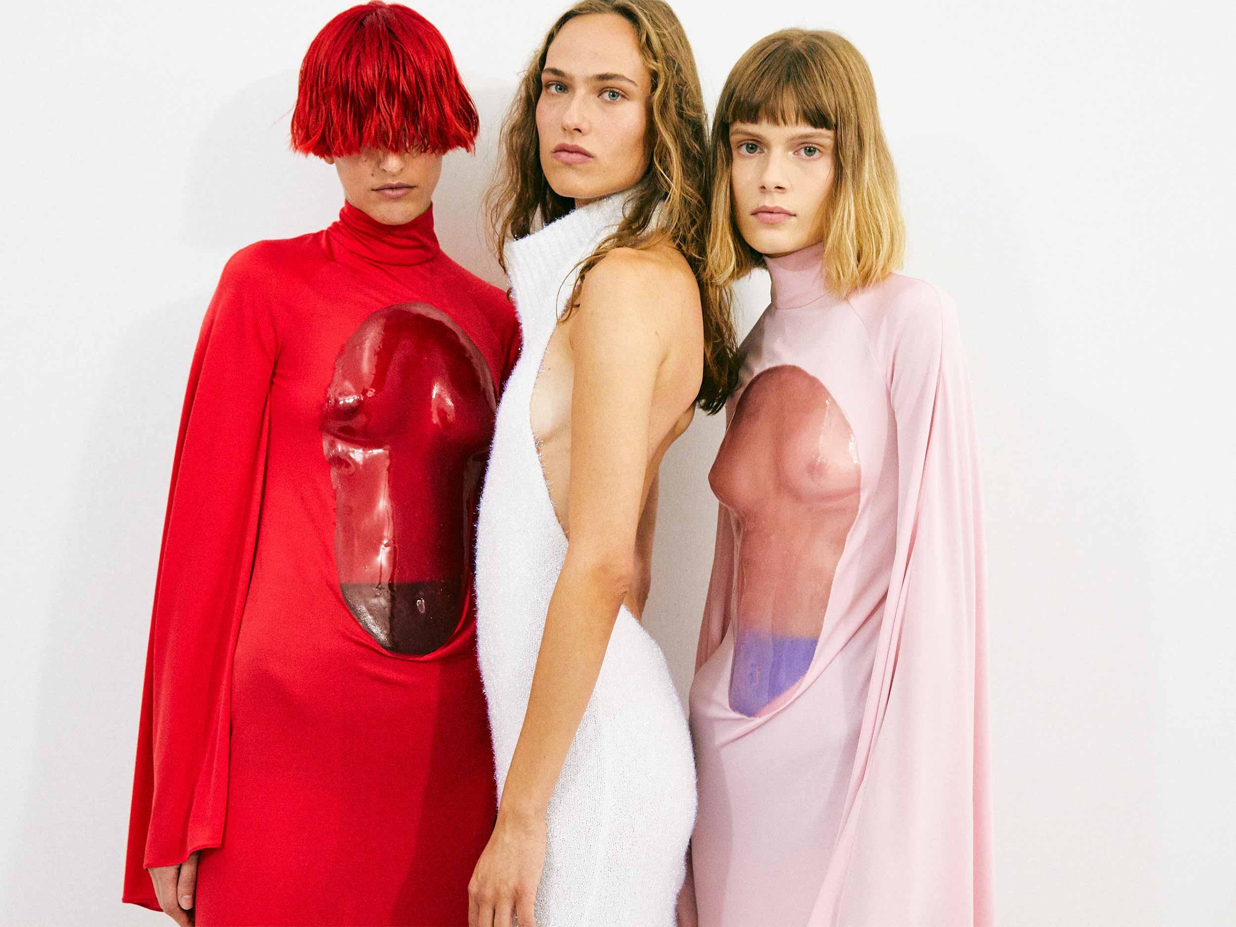 Loewe presents a modern world of Renaissance for Spring/Summer 2022